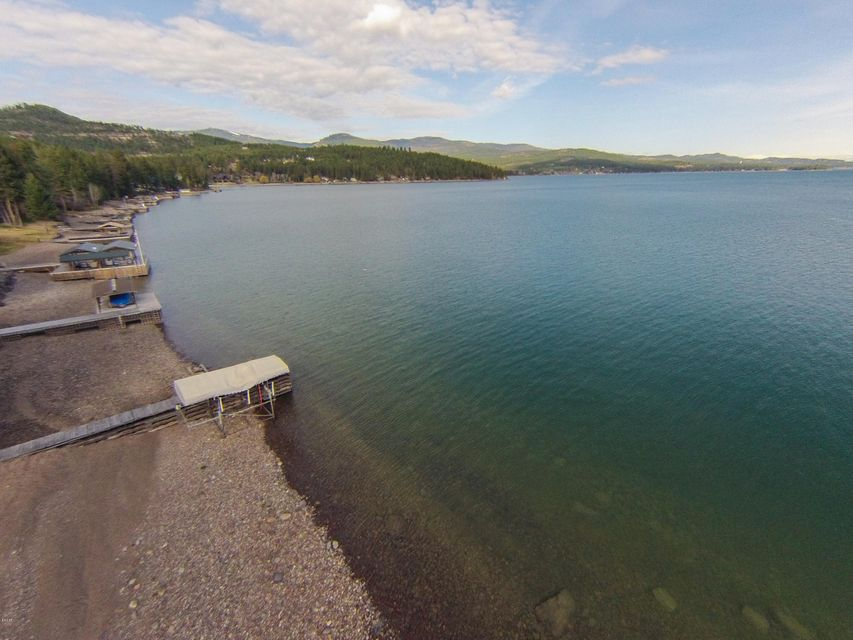 Additional photo for property listing at 563  Conrad Point Road 563  Conrad Point Road Lakeside, Montana,59922 États-Unis