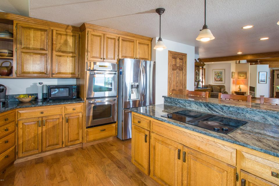 Additional photo for property listing at 563  Conrad Point Road 563  Conrad Point Road Lakeside, Montana,59922 Hoa Kỳ