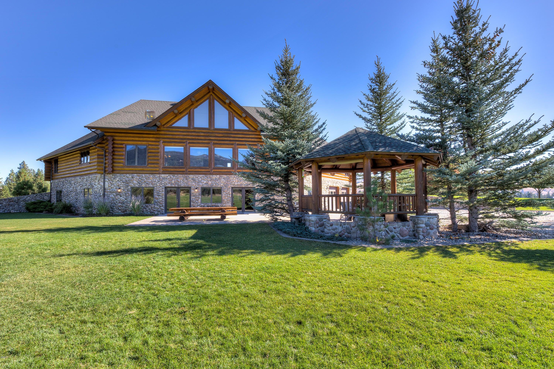 Single Family Home for Sale at 274 Whitebird Trail 274 Whitebird Trail Darby, Montana 59829 United States