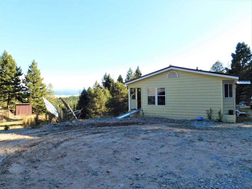 Additional photo for property listing at 210 Slaughterhouse Lane 210 Slaughterhouse Lane Philipsburg, Montana 59858 United States