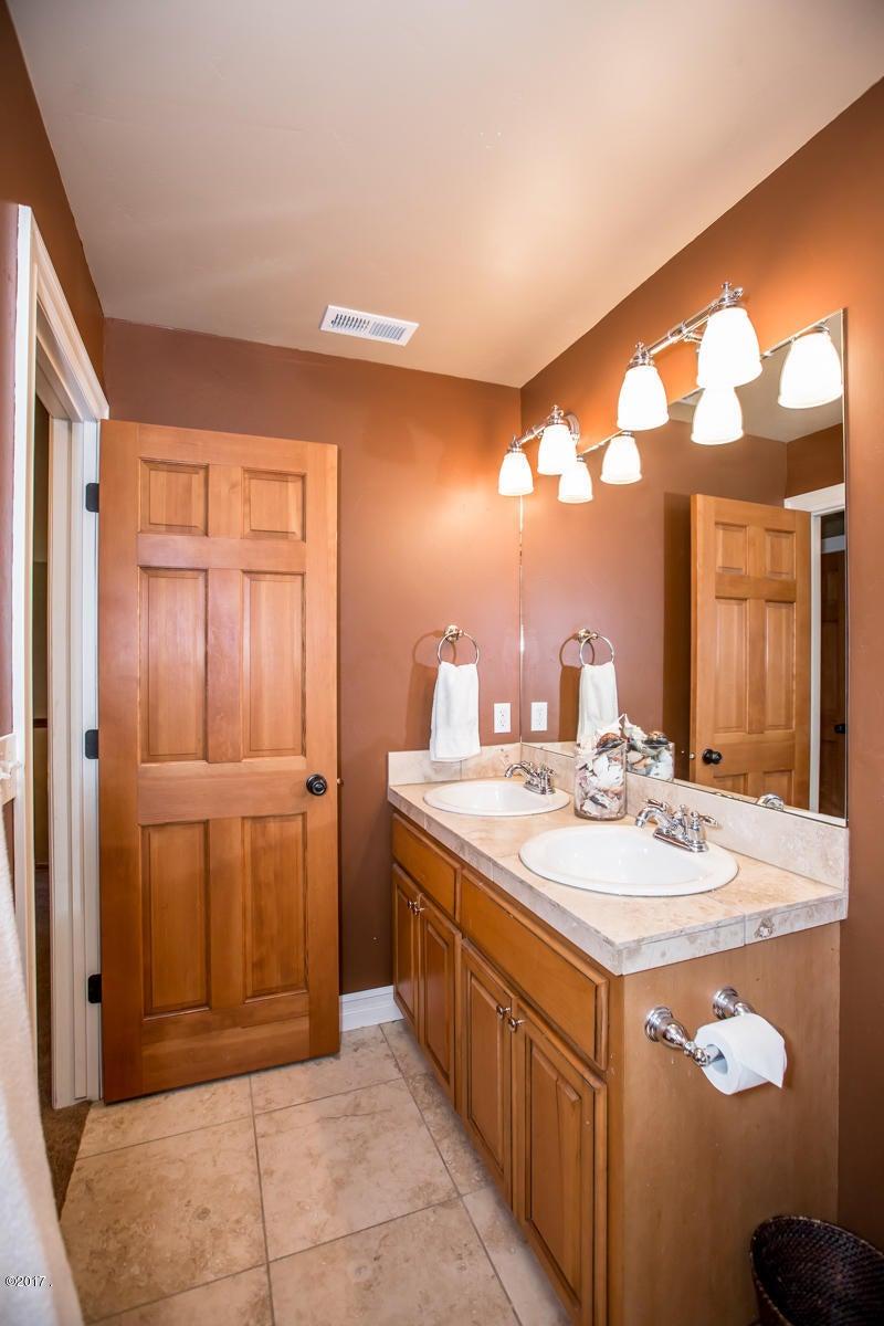 Additional photo for property listing at 38 Glacier Circle 38 Glacier Circle Kalispell, Montana 59901 United States