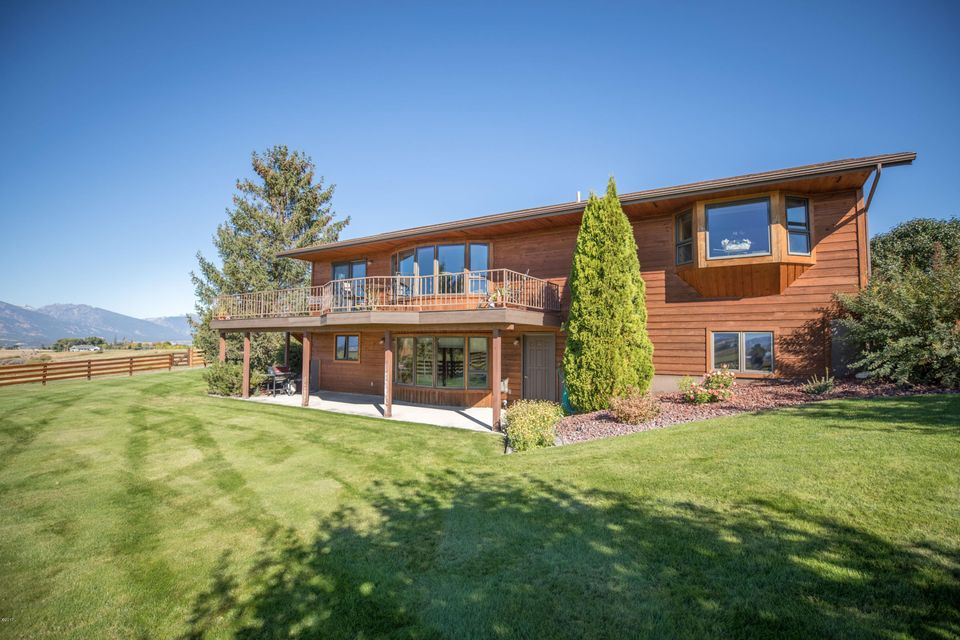 Single Family Home for Sale at Nhn Willow Creek Cross Road Nhn Willow Creek Cross Road Corvallis, Montana 59828 United States