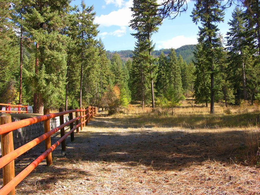 Additional photo for property listing at 995 Blue Slide Road 995 Blue Slide Road Thompson Falls, Montana 59873 United States