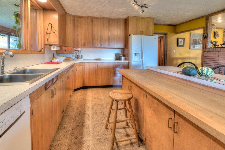 Additional photo for property listing at 977 Us-93 977 Us-93 Hamilton, Montana 59840 United States