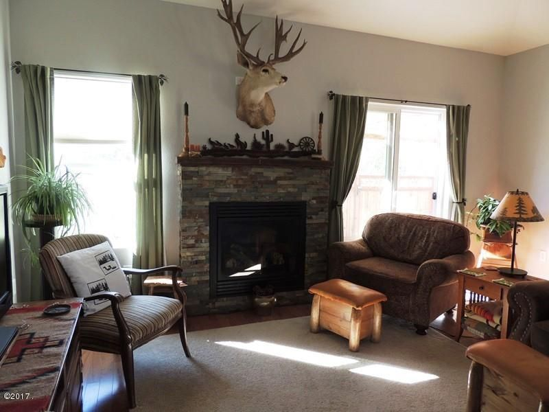 1 livingroom