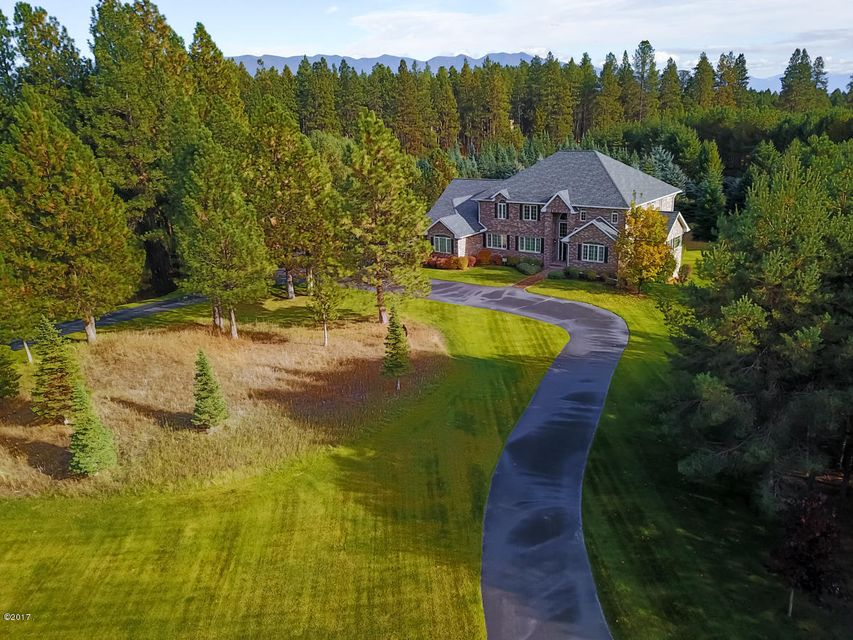 Single Family Home for Sale at 348 Plantation Drive 348 Plantation Drive Kalispell, Montana 59901 United States