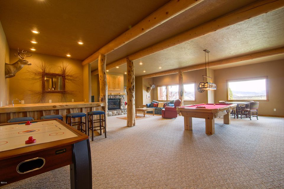 Additional photo for property listing at 564 Stags Leap Road 564 Stags Leap Road Darby, Montana 59829 United States