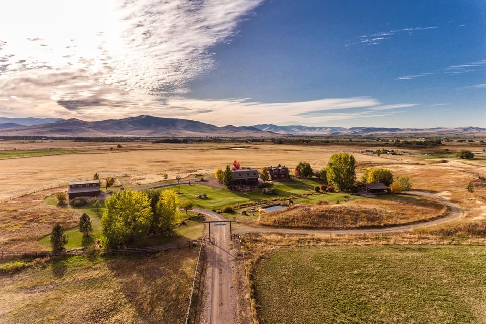 Single Family Home for Sale at 59911 Watson Road 59911 Watson Road St. Ignatius, Montana 59865 United States