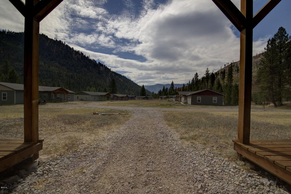 Additional photo for property listing at 12500 Cramer Creek Road 12500 Cramer Creek Road Clinton, Montana 59825 United States