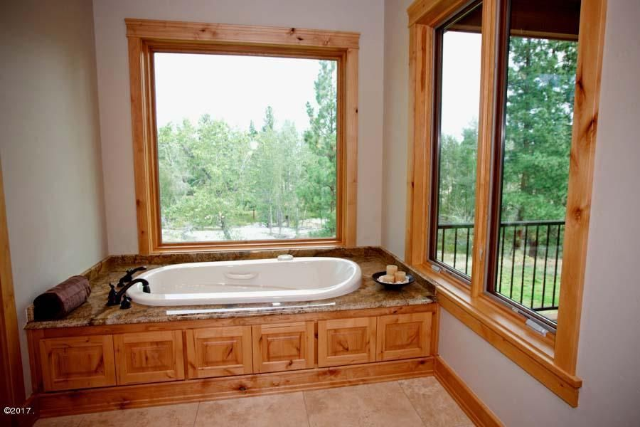 Additional photo for property listing at 498 Hillside Ranch Road 498 Hillside Ranch Road Victor, Montana 59875 United States