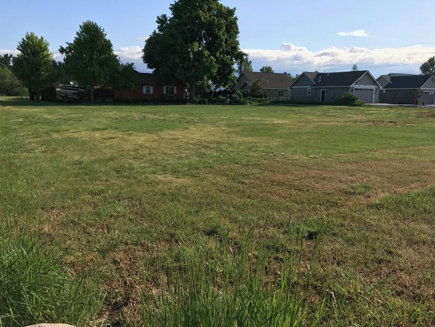 Additional photo for property listing at 3504 South 3rd Street 3504 South 3rd Street Missoula, Montana 59804 United States