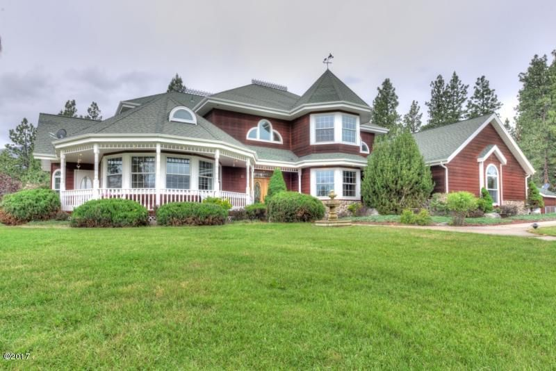 Single Family Home for Sale at 942 Springhill Road 942 Springhill Road Hamilton, Montana 59840 United States