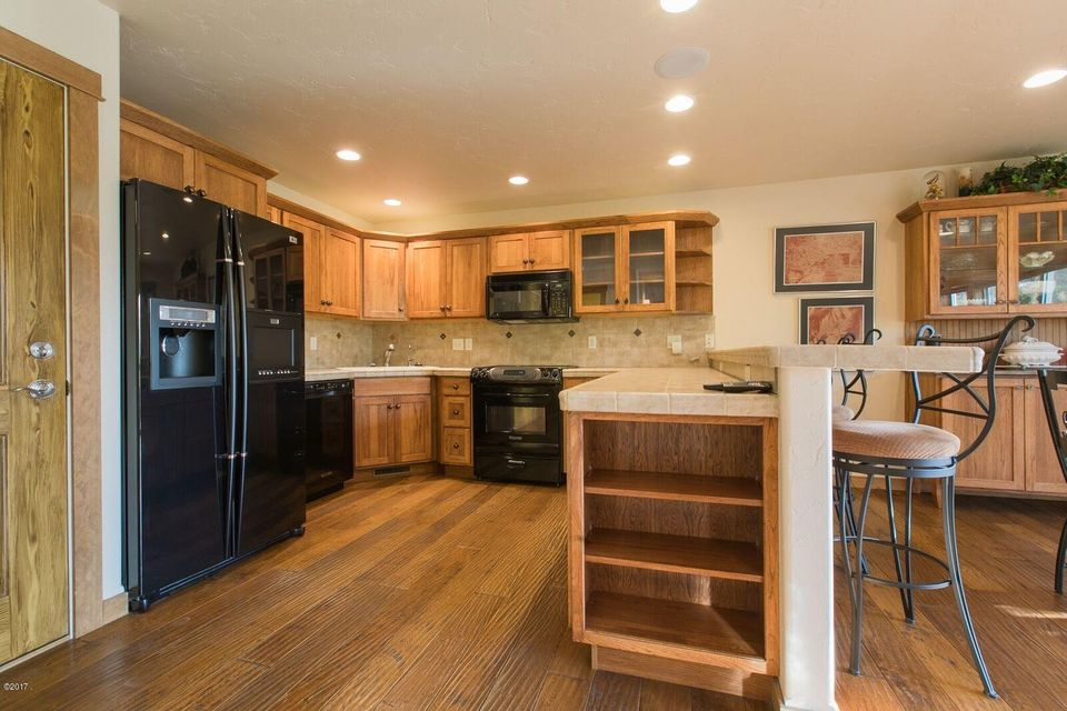 Additional photo for property listing at 1930 Suncrest Drive 1930 Suncrest Drive Whitefish, Montana 59937 United States