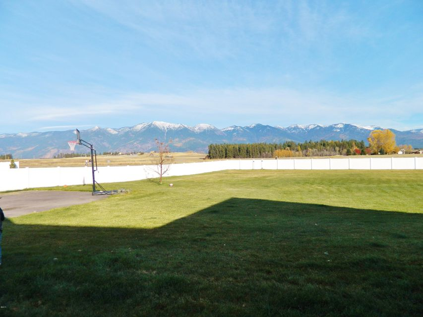 Additional photo for property listing at 279 Mcwenneger Drive 279 Mcwenneger Drive Kalispell, Montana 59901 United States
