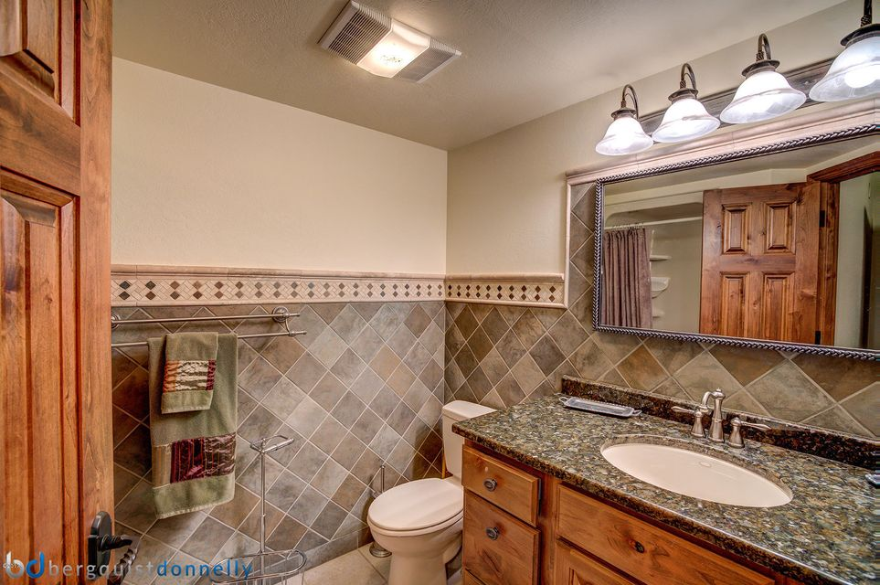 Additional photo for property listing at 1175  Sleeping Child Road 1175  Sleeping Child Road Hamilton, Montana,59840 Hoa Kỳ