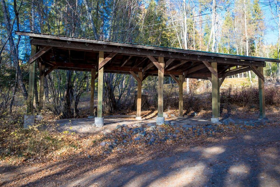 Additional photo for property listing at 2526 East Lakeshore Drive 2526 East Lakeshore Drive Whitefish, Montana 59937 United States