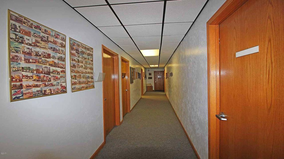 Additional photo for property listing at 5055 North Reserve Street 5055 North Reserve Street Missoula, Montana 59808 United States
