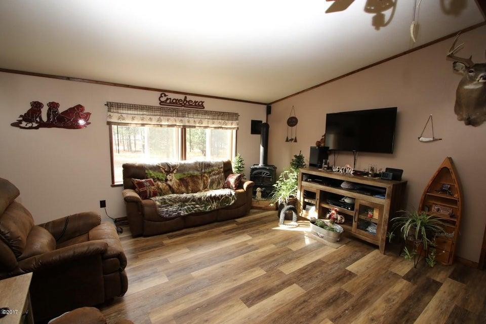 720 Southwood Court Interior 1 (Medium)