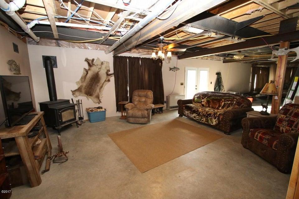 720 Southwood Court Interior 23 (Medium)