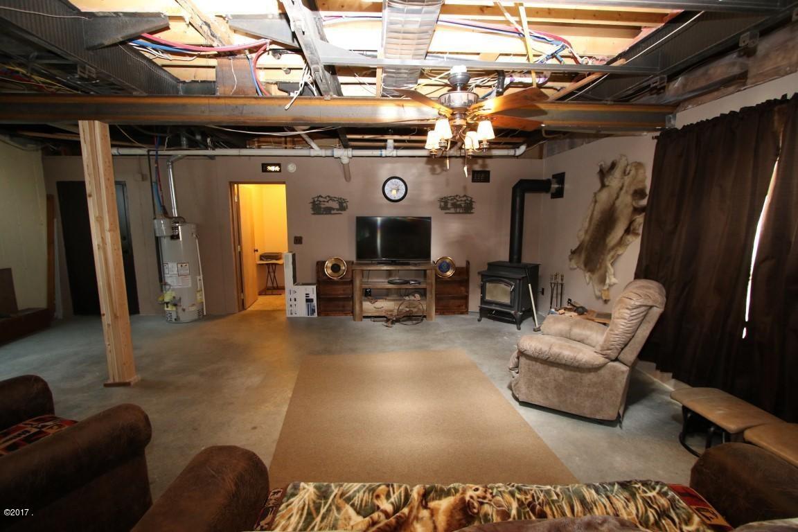 720 Southwood Court Interior 26 (Medium)