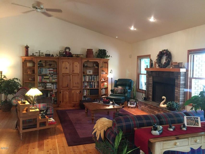 Additional photo for property listing at 1184 Old Mill Loop 1184 Old Mill Loop St. Regis, Montana 59866 United States
