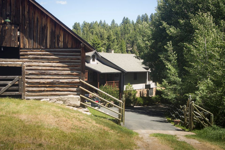 Additional photo for property listing at 361 Basin Creek Road 361 Basin Creek Road Butte, Montana 59701 United States