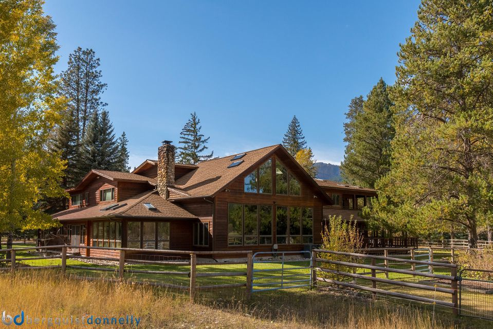 Single Family Home for Sale at 6904 West Fork Road 6904 West Fork Road Darby, Montana 59829 United States