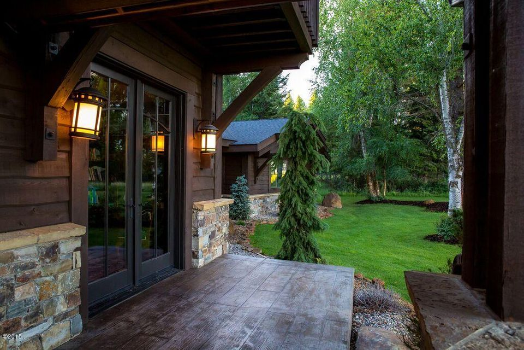 Additional photo for property listing at 1380  Karrow Avenue 1380  Karrow Avenue Whitefish, 몬타나,59937 미국