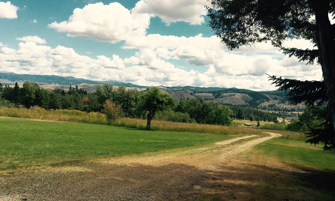 Additional photo for property listing at 360  Fleet Street 360  Fleet Street Hamilton, Montana,59840 Verenigde Staten