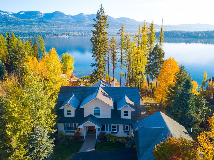 Single Family Home for Sale at 1450 West Lakeshore Drive 1450 West Lakeshore Drive Whitefish, Montana 59937 United States