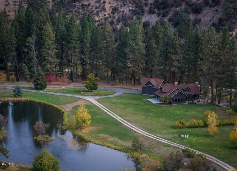 Single Family Home for Sale at 2498 Old Darby Road 2498 Old Darby Road Hamilton, Montana 59840 United States