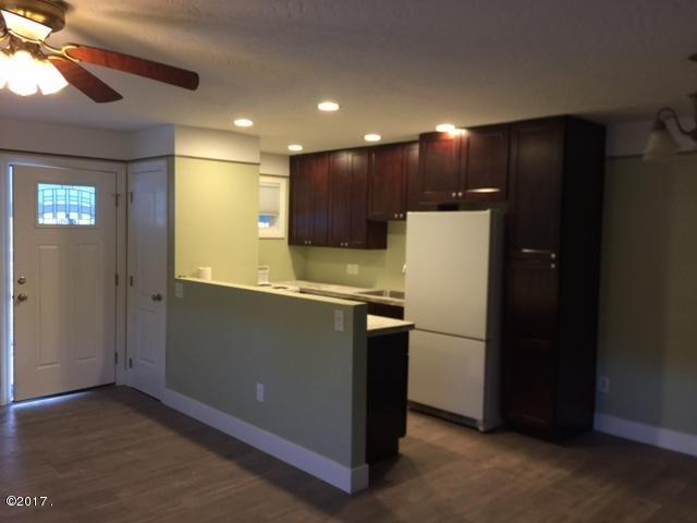 Additional photo for property listing at 146 Iowa Avenue 146 Iowa Avenue Whitefish, Montana 59937 United States