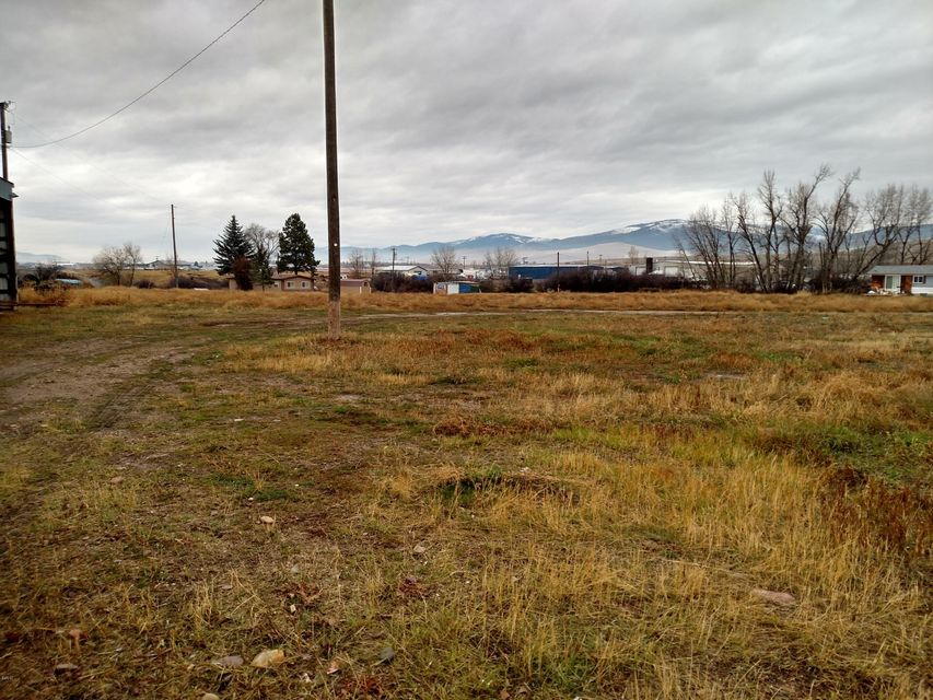 Additional photo for property listing at 6505 Highway 10 6505 Highway 10 Missoula, Montana 59808 United States