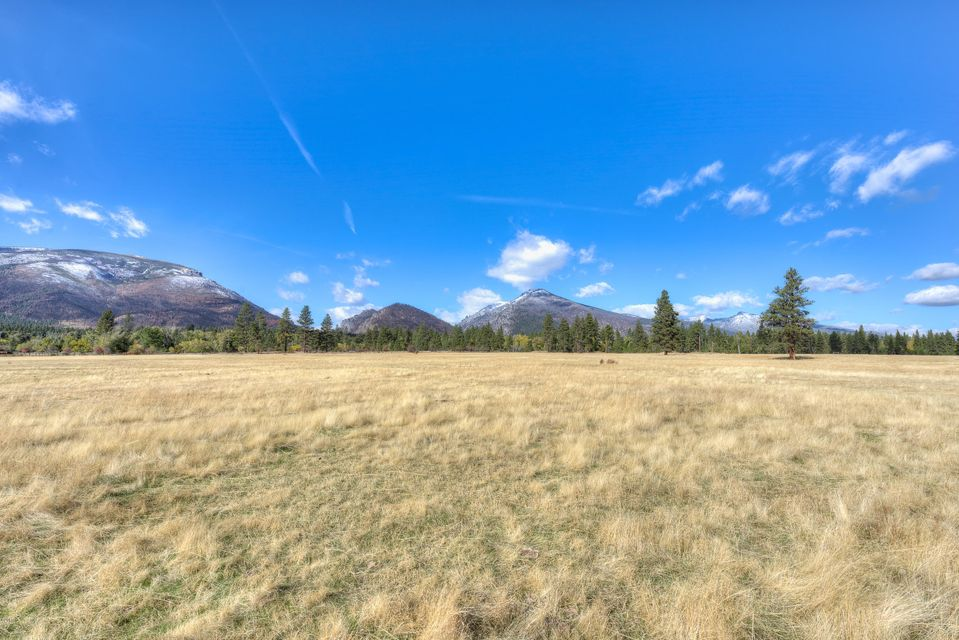Additional photo for property listing at 977 Us-93 977 Us-93 Hamilton, Montana 59840 United States
