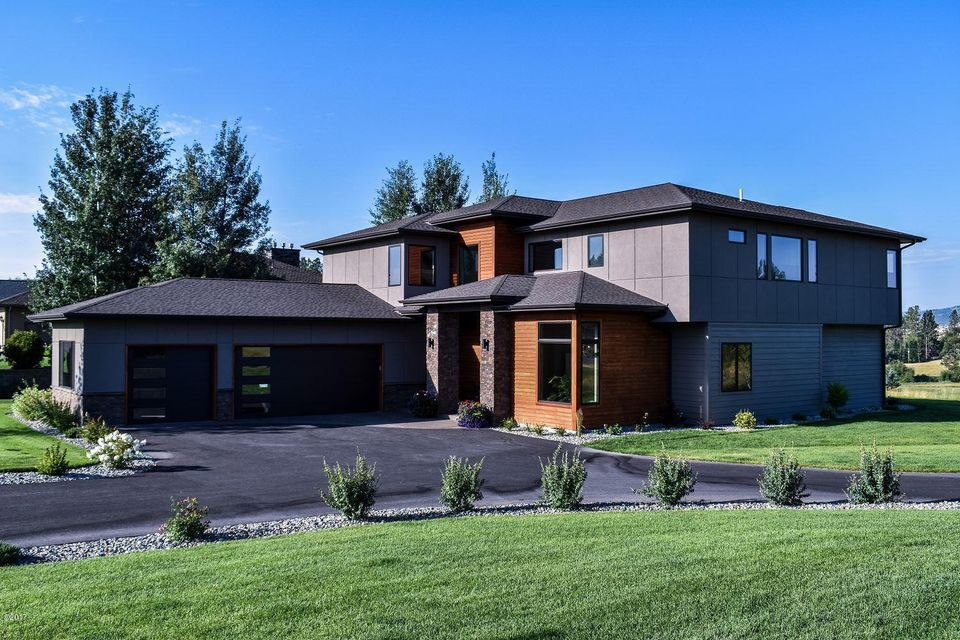 Single Family Home for Sale at 300 Fox Hollow Court 300 Fox Hollow Court Kalispell, Montana 59901 United States
