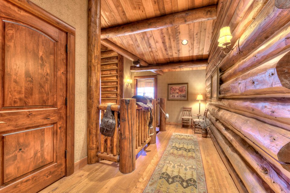 Additional photo for property listing at 497  Fanny Witherspoon Trail 497  Fanny Witherspoon Trail Hamilton, Montana,59840 États-Unis