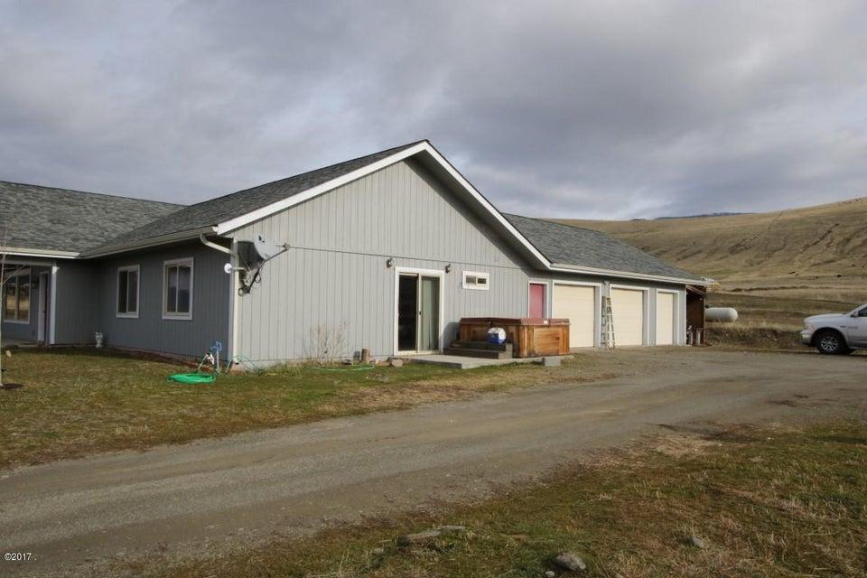 42 Tyler M. Road exterior 4 (Medium)