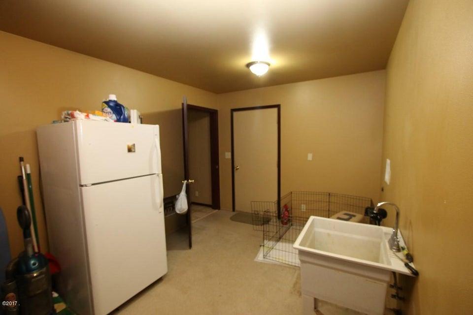 42 Tyler M. Road interior 12 (Medium)