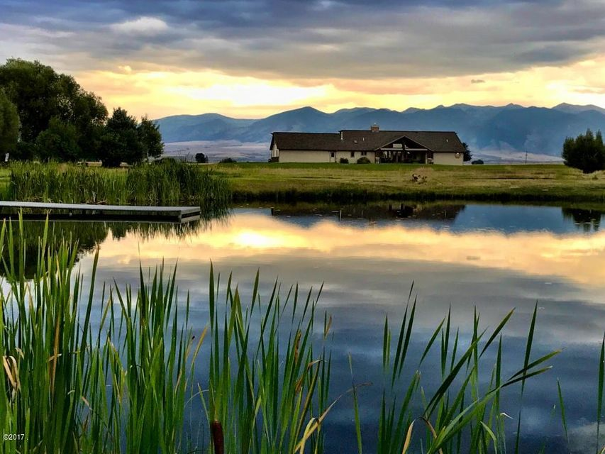 Home For Sale At 5040 Burnt Road In Belgrade Montana For