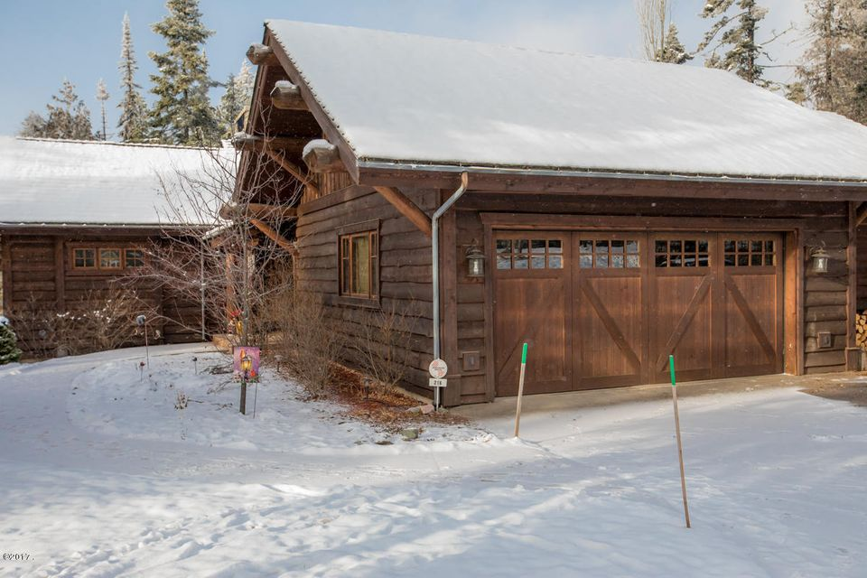 Additional photo for property listing at 216 Woodland Star Circle 216 Woodland Star Circle Whitefish, Montana 59937 United States
