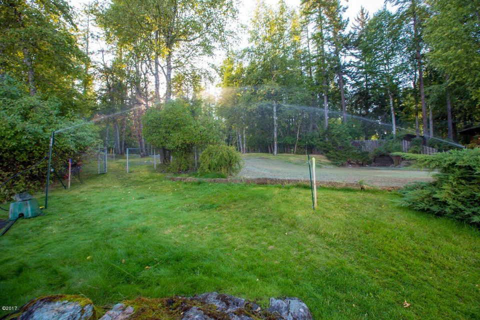 Additional photo for property listing at 1616 West Lakeshore Drive 1616 West Lakeshore Drive Whitefish, Montana 59937 United States
