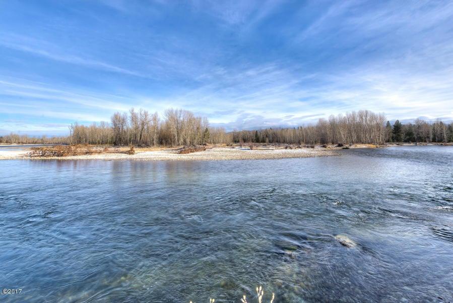 Additional photo for property listing at 772 Us-93 772 Us-93 Hamilton, Montana 59840 United States