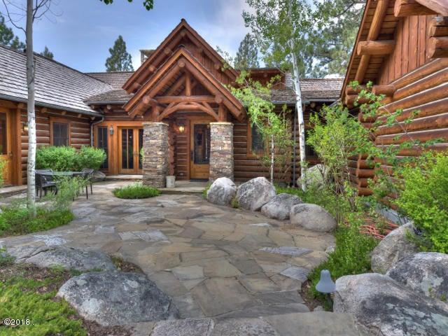 Single Family Home for Sale at 1462 Stock Farm Road 1462 Stock Farm Road Hamilton, Montana 59840 United States