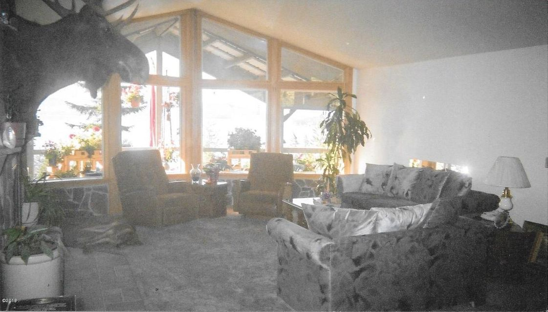 Additional photo for property listing at 32911 East Bay Lane 32911 East Bay Lane Polson, Montana 59860 United States
