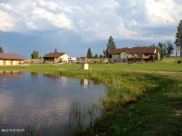 Single Family Home for Sale at 384 Bear Creek Road 384 Bear Creek Road Victor, Montana 59875 United States