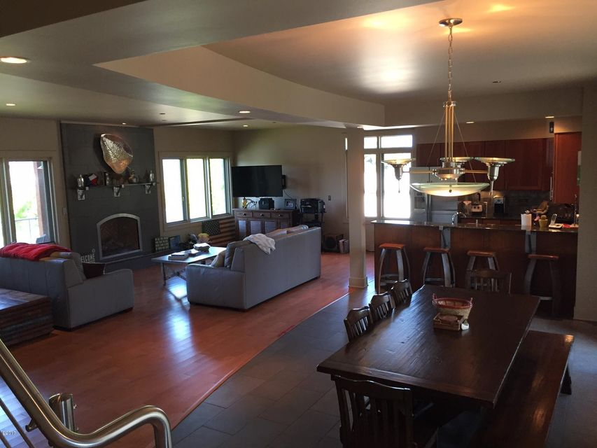 Additional photo for property listing at 88 Parkway Avenue 88 Parkway Avenue Bigfork, Montana 59911 United States