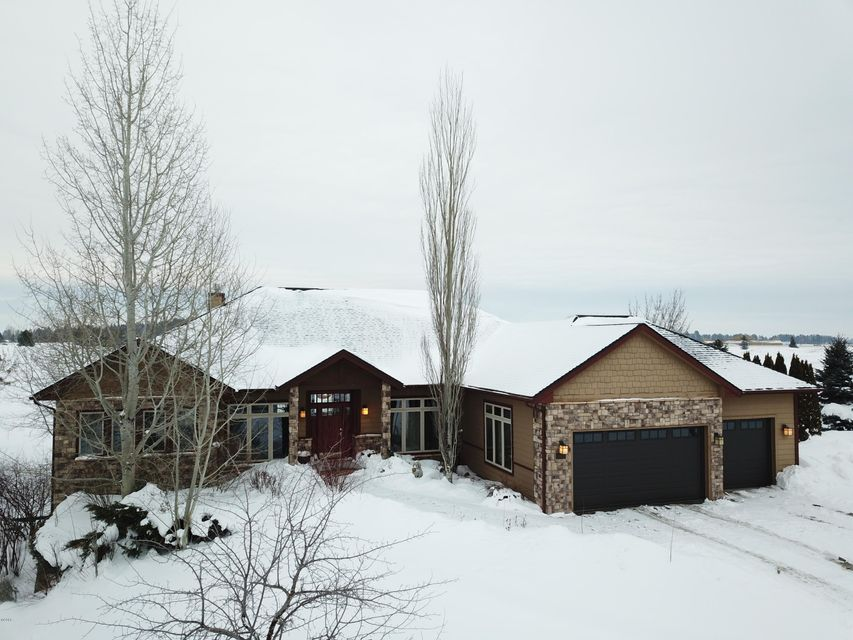 Single Family Home for Sale at 317 Fox Hollow Road 317 Fox Hollow Road Kalispell, Montana 59901 United States
