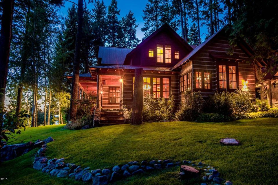6 Spectacular elevation - the main resid