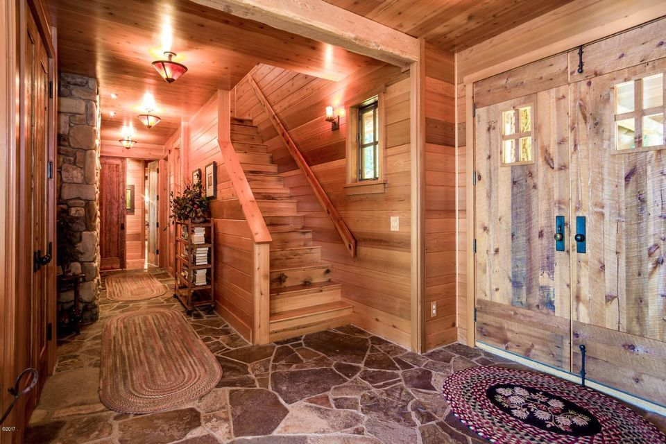28 Main entry & stairs to guest rooms