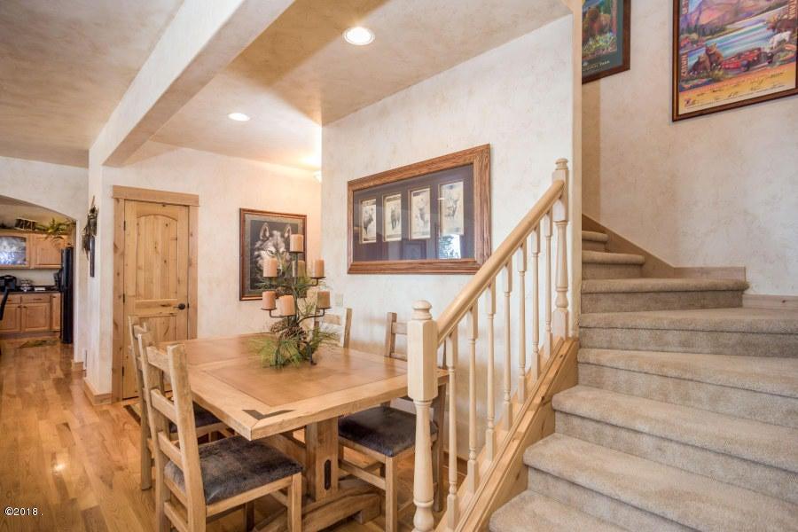 Additional photo for property listing at 327 Hughes Bay Road 327 Hughes Bay Road Lakeside, Montana 59922 United States